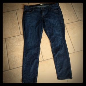 Old Navy Diva dark wash skinny Jean size 16